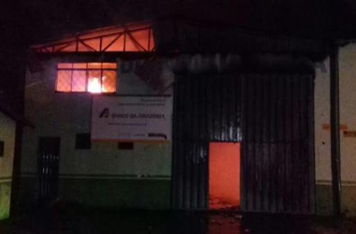Incêndio em Gurupi: Sub-comandante afirma que todos os caminhões estavam abastecido