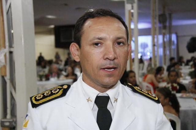 Comandante do 4º Batalhão de Polícia Militar de Gurupi, o coronel Edvan de Jesus Silva acredita no esforço conjunto para previnir o uso de drogas. Foto: Manoel Lima / Seduc)