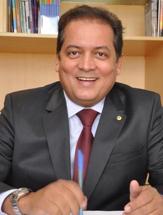 """""""Encerro meus três mandatos como deputado federal com chave de ouro, aprovando um projeto de  reconhecimento nacional para uma categoria profissional tão importante para o país"""", Eduardo Gomes"""