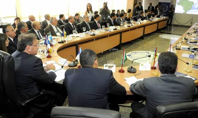 O documento será agora enviado à Assembleia Legislativa de cada estado para aprovação dos deputados estaduais - Elizeu Oliveira
