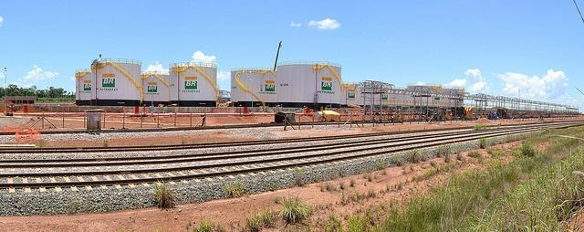 Base de Distribuição de Combustíveis de Porto Nacional – BAPON erguida no Pátio Multimodal da ferrovia Norte-Sul em Luzimangues, Porto Nacional (TO).