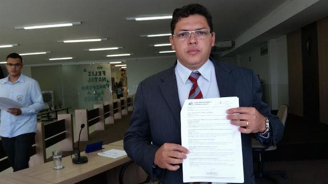 """""""Eu fiquei feliz pela atitude do prefeito Laurez Moreira por ele entender o absurdo"""", Ivanilson Marinho."""