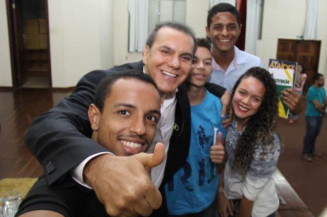 Ataídes Oliveira afirma que impeachment já tem 56 votos favoráveis no Senado
