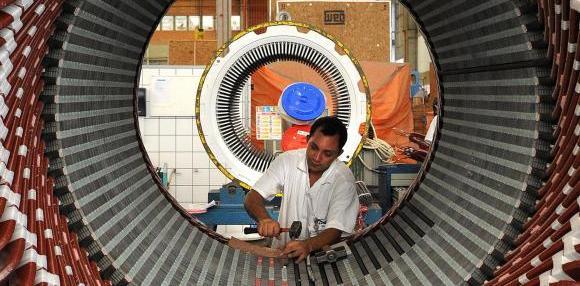 Baixa produtividade da indústria é entrave ao crescimento do paísArquivo Agência Brasil