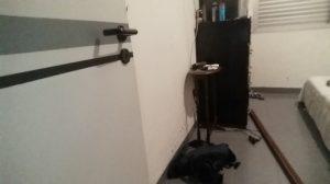 Segundo o vereador foi levada uma pistola ponto 40 do seu quarto.