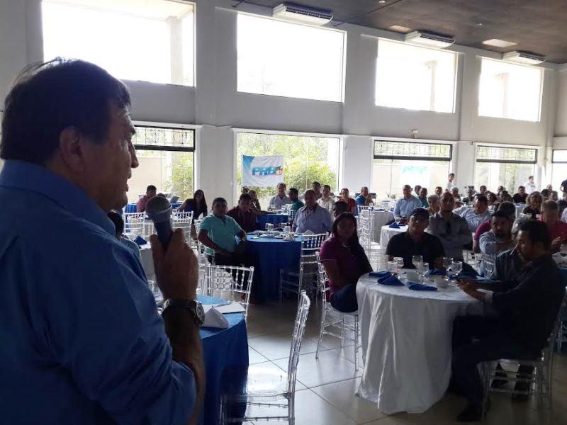 Halum discursa em encontro do PRB em Palmas: resultado das eleições para o partido foi excelente e mostra o nosso potencial em todo o Estado