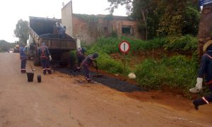 486783_700-300x180 Governo realiza manutenção do acesso à balsa em Porto Nacional e de outras sete rodovias estaduais
