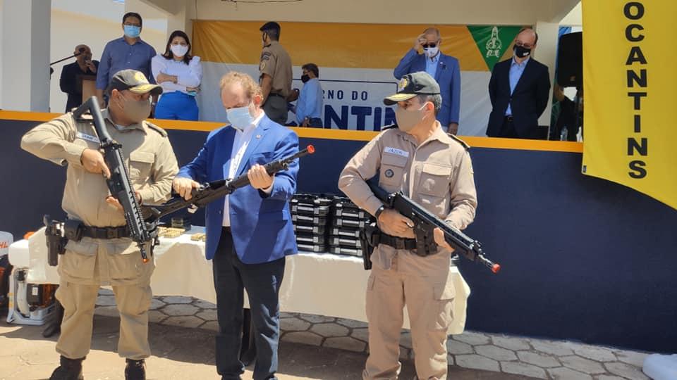 Polícia-Militar-4-BPM-2-1 Ampliação de leitos clínicos e de UTIs, TO-365, entrega de armamentos e visita a colégio Militar, marcam a agenda de Carlesse em Gurupi