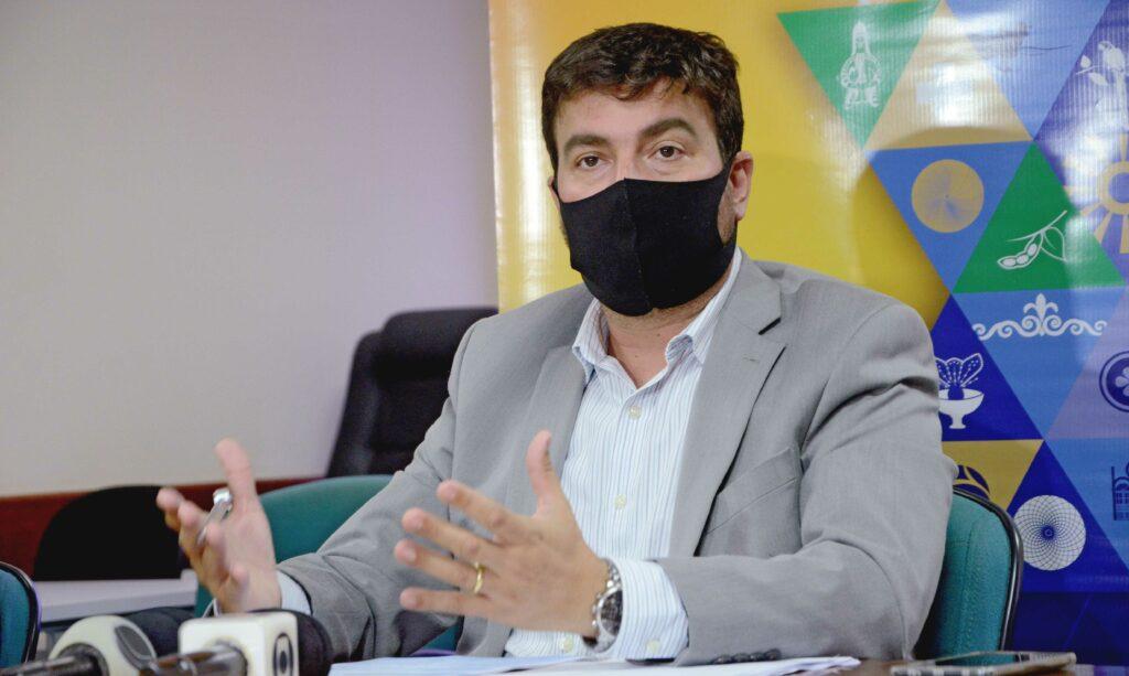 Augusto-de-Rezende-Campos-reitor-da-UNITINS-foto-Antonio-Goncalves-7-1024x613 Governo do Estado prepara Protocolo de Segurança em Saúde para retorno da aulas presenciais