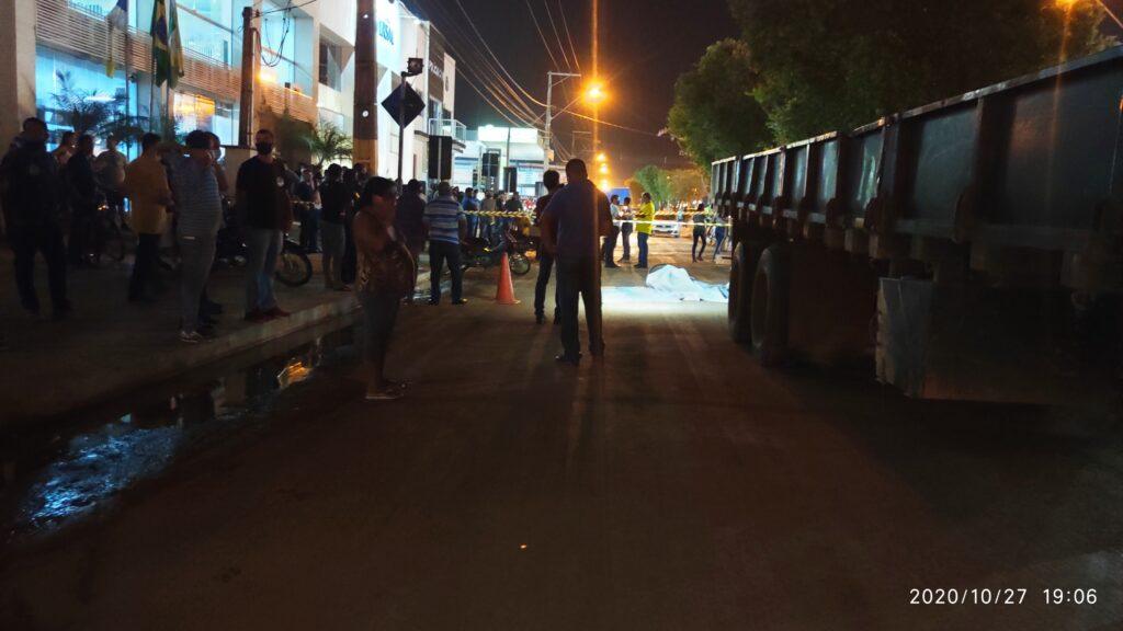 IMG_20201027_190635-1024x576 Criança morre em acidente em frente a evento de debate político em Gurupi