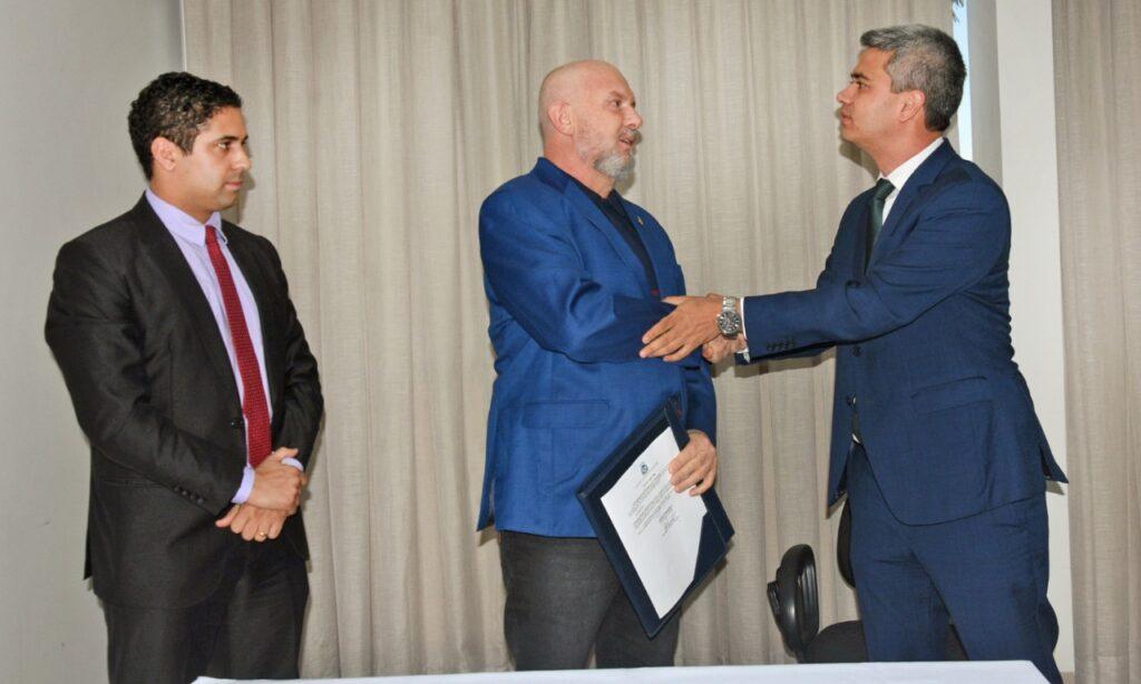 Procurador-de-justica-1024x614 Promotor de Justiça Luciano Casaroti é nomeado para o cargo de Procurador-Geral de Justiça