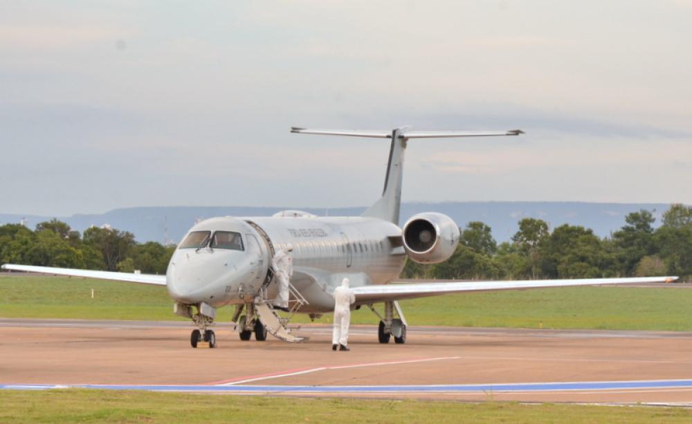 548625_1000 Governo do Tocantins presta assistência no pouso técnico, em Palmas, de avião que transportava pacientes com covid-19 oriundos de Manaus