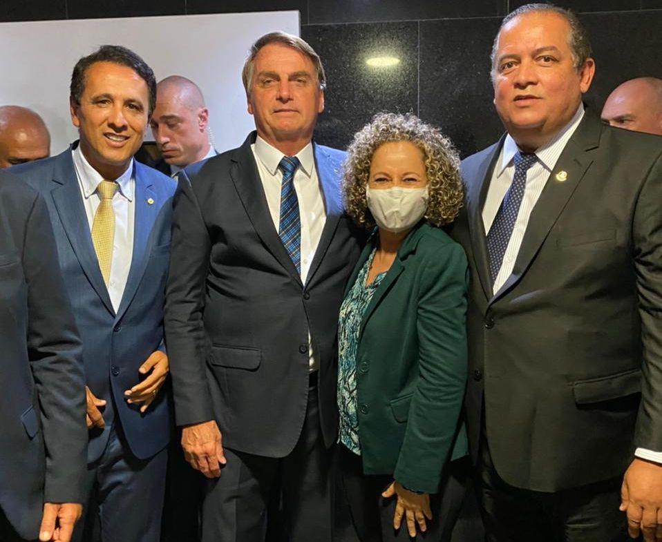 Josi-Bolsonaro-e-Eduardo-Gomes-e-Gagui Em busca de recursos, Josi Nunes mostra boas relações no governo federal, na bancada federal e no Palácio Araguaia