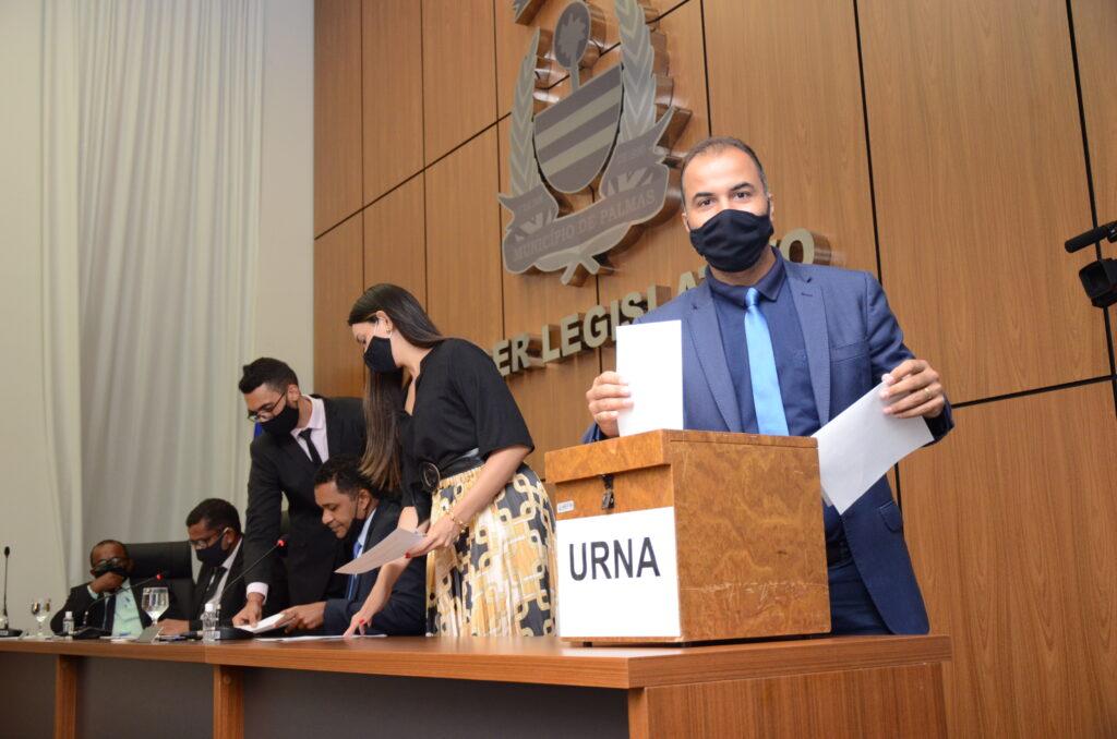 Vereador-Filipe-martins-1024x678 Base de Cinthia Ribeiro sai fortalecida na eleição das Comissões Permanentes da Câmara de Palmas