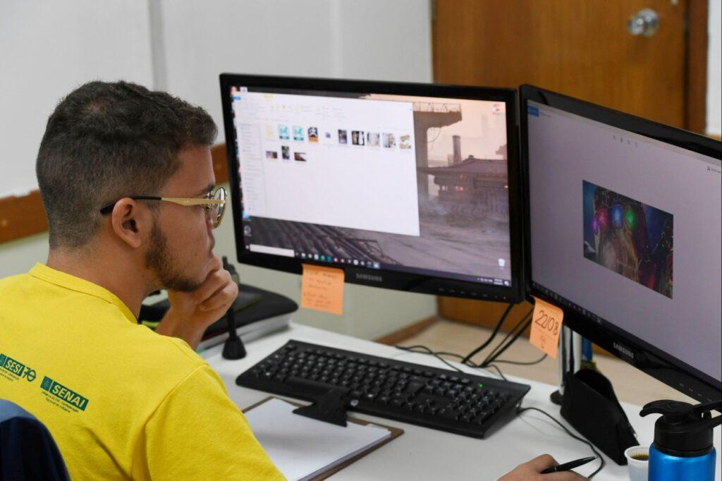 estudantesenaidecursoonlinefotojospaulolacerda-cni-1024x682 Qualificação profissional | SENAI oferta 2 cursos gratuitos, on-line e de curta duração na área de cibersegurança