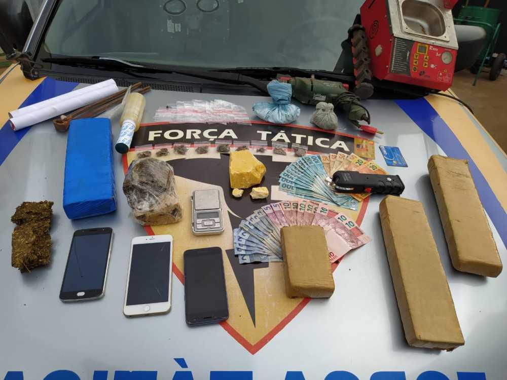 563891_1000 Dupla é detida com quase quatro quilos de drogas em Gurupi