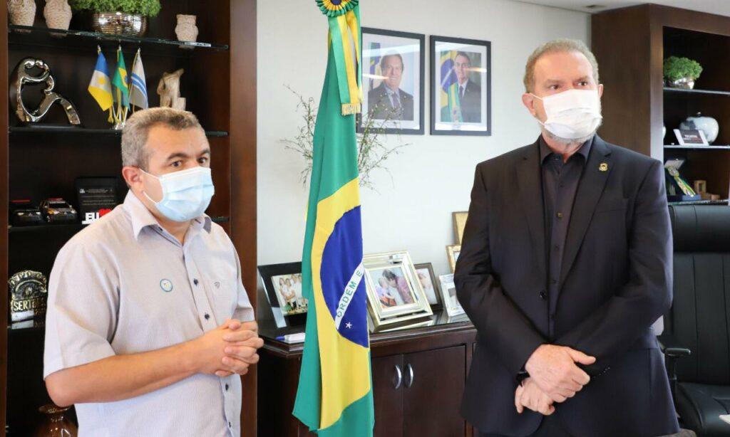 Gov-Carlesse-e-prefeito-Porto-Nacional-Fotos-Wilson-Chaves-1-1024x614 Hospital Regional de Porto Nacional receberá 10 novos leitos UTIs Covid