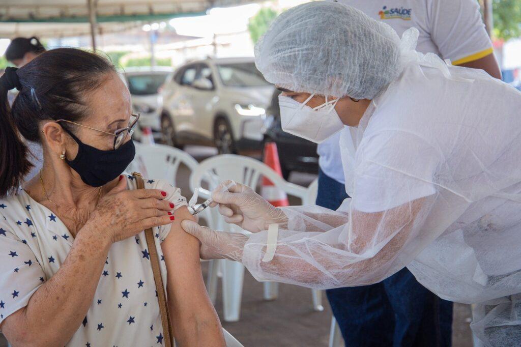 segunda-dose-16-042-1024x682 Prefeitura de Gurupi alerta sobre a importância da segunda dose da vacina contra Covid