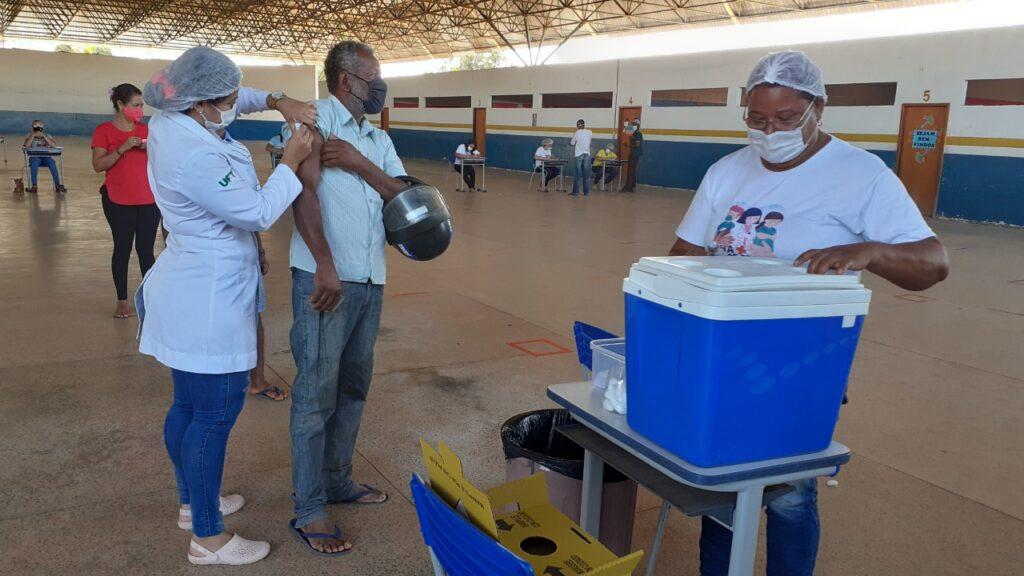 Taguatinga-vacina-1024x576 Taguatinga (TO) amplia quadro de vacinação para pessoas sem comorbidades com idade entre 45 a 49 anos