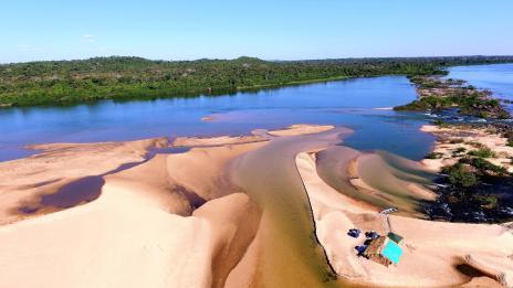 f906740cd316796a1924ca414e2580e8.jpeg Turistas terão que fazer teste rápido para a covid-19 para poder usar praias do Rio Araguaia no município de Araguaína