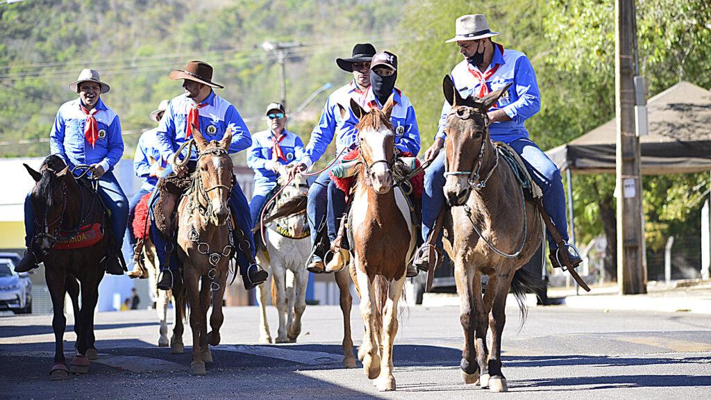 TROPEIROS-FOTO-LIA-MARA-16-1024x576 Comitiva de Tropeiros de Taquaruçu inicia peregrinação ao Senhor do Bonfim