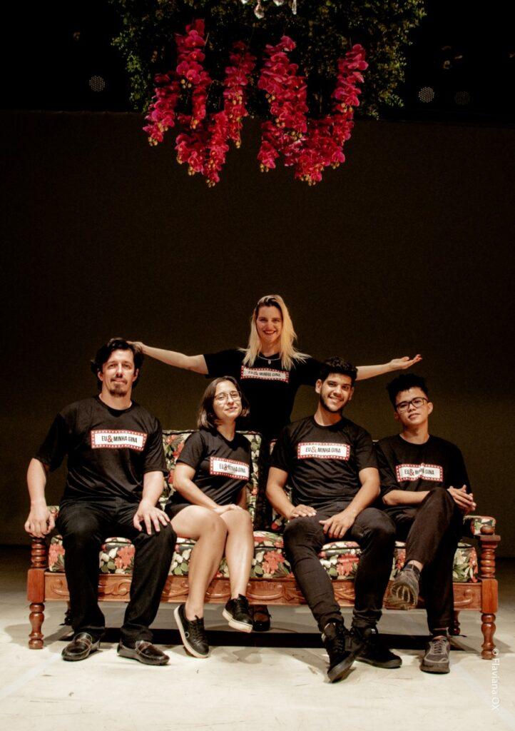 EU-MINHA-GINA-4-722x1024 EU & MINHA GINA: Espetáculo teatral aborda saúde feminina com foco educativo