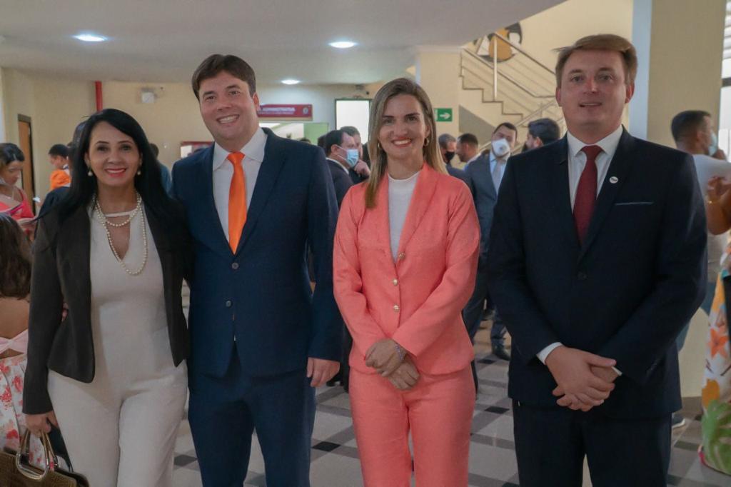 OAB-Vitor-Augusto-Schmitz Jovem advogado Dr. Vitor Schmitz e a experiente Rosânia Aguiar laçam chapa para eleição da OAB subseção de Gurupi