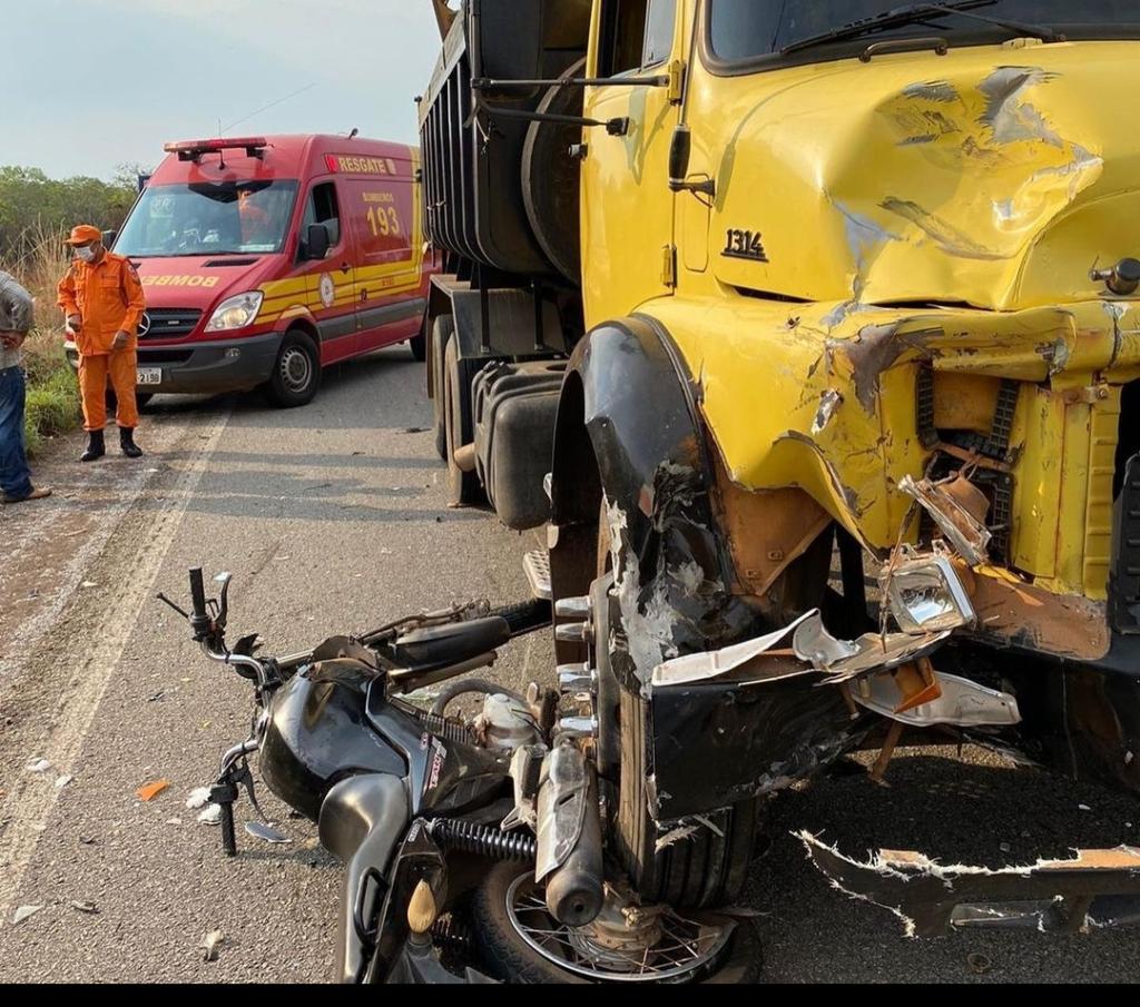 Screenshot_20211009-1217302-1024x905 Motociclista fica gravemente ferido após colisão com caminhão no sul do estado
