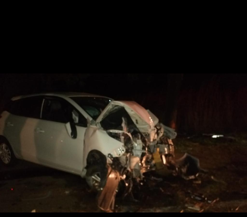 Screenshot_20211014-0744092-1024x901 Acidente envolvendo carros e caminhão é registrado na BR-153 em Gurupi